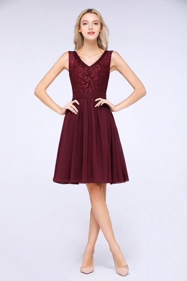 Elegant Lace V-Neck Short Burgundy Chiffon Bridesmaid Dress with Ruffle_2