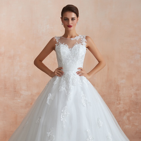 Affordable Sweetheart Sleeveless White Lace Wedding Dresses Online_9
