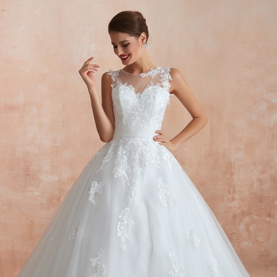 Affordable Sweetheart Sleeveless White Lace Wedding Dresses Online_10