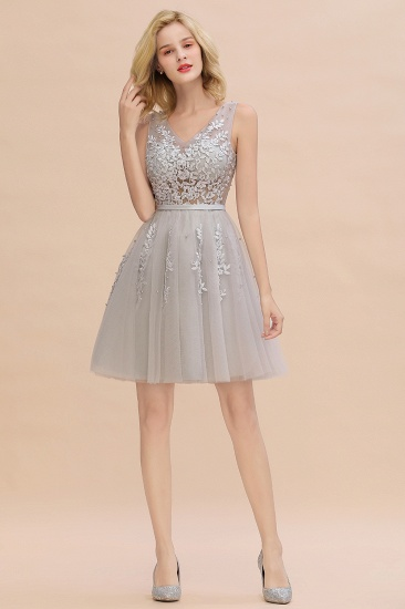 Elegant V-Neck Sleeveless Short Prom Dress Mini Homecoming Dress With Lace Appliques_23