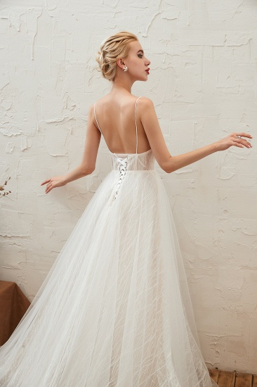 Affordable Tulle V-Neck Long Wedding Dress Online with Appliques_9