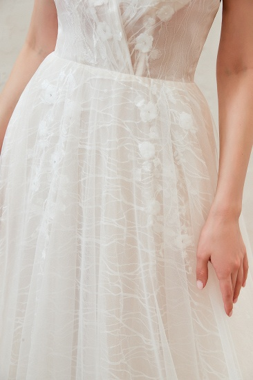 Affordable Tulle V-Neck Long Wedding Dress Online with Appliques_10