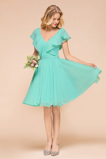 Chic V-Neck Ruffle Chiffon Short Affordable Bridesmaid Dresses Online_4