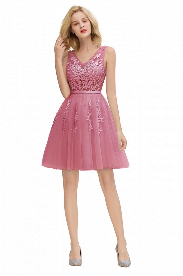 Elegant V-Neck Sleeveless Short Prom Dress Mini Homecoming Dress With Lace Appliques_25