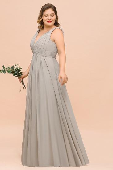 Plus Size Chiffon V-neck Sleeveless Affordable Bridesmaid Dress with Ruffle_7
