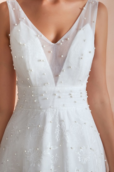 Fantastic V-Neck Sleeveless White Appliques Wedding Dress With Pearls_9