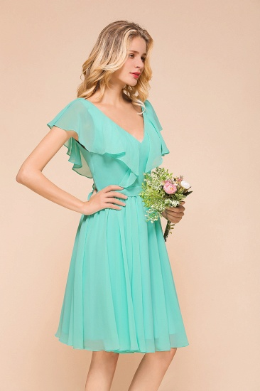 Chic V-Neck Ruffle Chiffon Short Affordable Bridesmaid Dresses Online_5