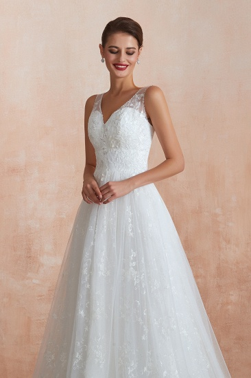 BMbridal Affordable V-Neck Tulle Lace Long White Wedding Dresses Online_9