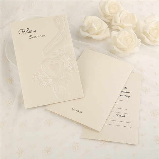 Classic Tri-Fold Heart Hollow Style Invitation Cards (Set of 50)_4