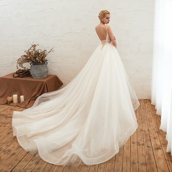 Elegant Spaghetti-Starps Tulle Wedding Dress With Appliques_7