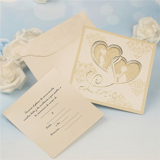 BMbridal Modern Tri-Fold Hollow Heart Style Invitation Cards (Set of 50)_3