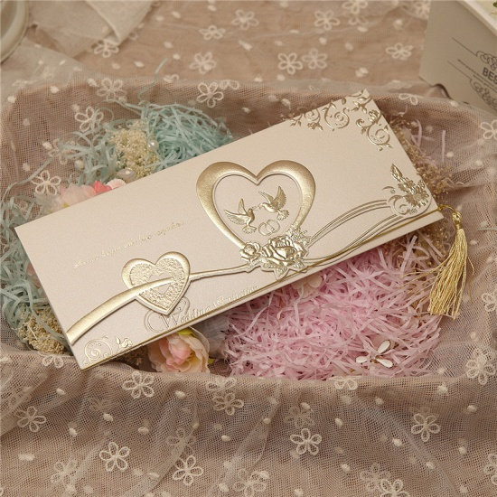 BMbridal Gorgeous Tri-Fold Heart Style Invitation Cards (Set of 50)_4