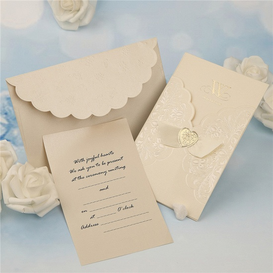 BMbridal Classic Tri-Fold Imprint Heart Style Invitation Cards (Set of 50)_3