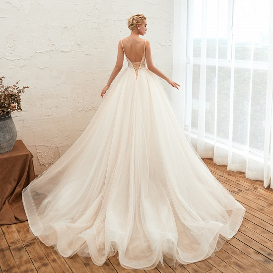 Elegant Spaghetti-Starps Tulle Wedding Dress With Appliques_5