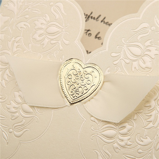 BMbridal Classic Tri-Fold Imprint Heart Style Invitation Cards (Set of 50)_6