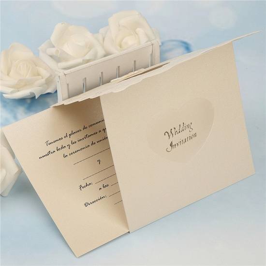 BMbridal Popular Tri-Fold Heart Style Bowknot Invitation Cards (Set of 50)_8