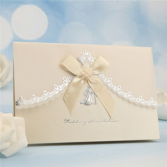 Modern Tri-Fold Bowknot Style Invitation Cards (Set of 50)