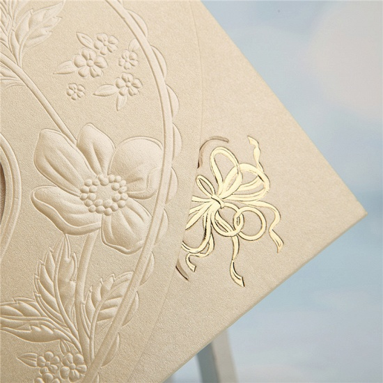 BMbridal Popular Tri-Fold Hollow Heart Style Invitation Cards (Set of 50)_8