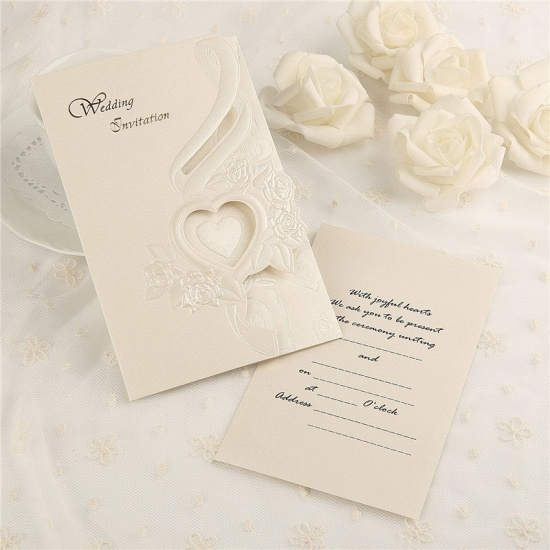 Classic Tri-Fold Heart Hollow Style Invitation Cards (Set of 50)_2