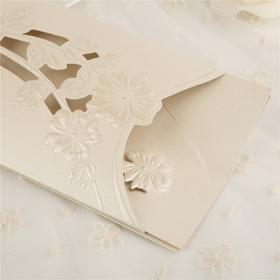 Classic Side-Fold Hollow Bowknot Imprint Invitation Cards (Set of 50)_4