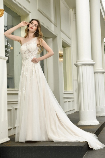 Sexy A-Line One Shoulder Tulle Lace Ivory Wedding Dress Online_9