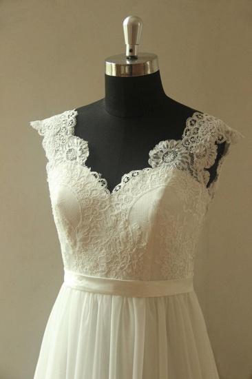 Glamorous White Straps Appliques Wedding Dress Sleeveless V-neck Chiffon Bridal Gowns On Sale_4