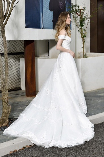 Gorgeous Lace Off-the-Shoulder Long Wedding Dress with Beadings_7