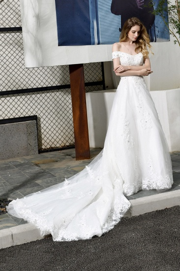 Gorgeous Lace Off-the-Shoulder Long Wedding Dress with Beadings_5