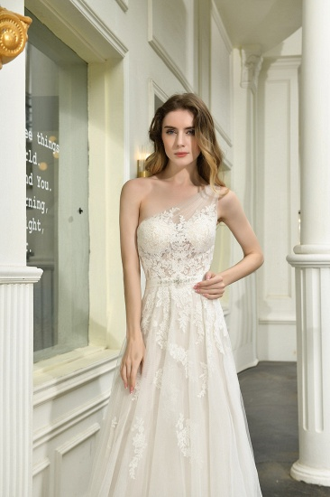 Sexy A-Line One Shoulder Tulle Lace Ivory Wedding Dress Online_5