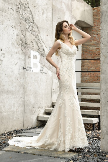 Glamorous Mermaid Satin Lace Open Back Wedding Dress_10