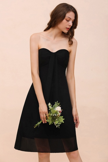 Lovely Strapless Sweetheart Ruffle Short Black Bridesmaid Dress Affordable_9