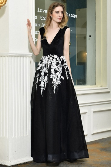 BMbridal Sexy Black Long Prom Dress V-Neck Evening Gowns With Lace Appliques_8