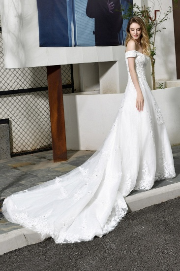 Gorgeous Lace Off-the-Shoulder Long Wedding Dress with Beadings_8