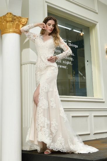 Exquisite Sheath V-Neck Long Sleeves Wedding Dress With Slit_8
