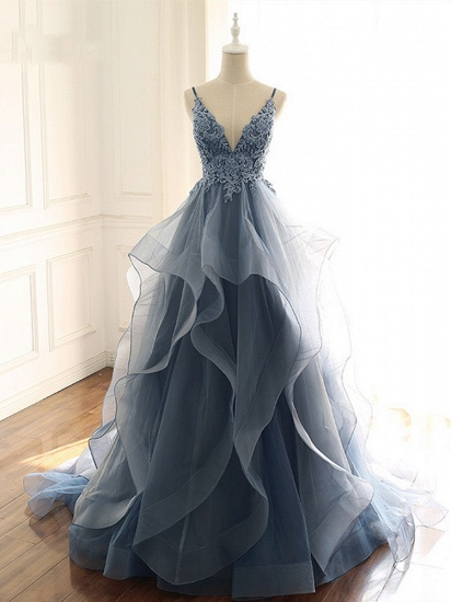 Chic Tulle Spaghetti Straps V-Neck Prom Dresses with Appliques Online_1
