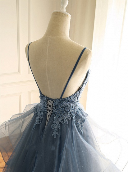 Chic Tulle Spaghetti Straps V-Neck Prom Dresses with Appliques Online_5