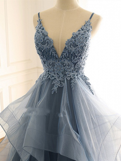 Chic Tulle Spaghetti Straps V-Neck Prom Dresses with Appliques Online_4