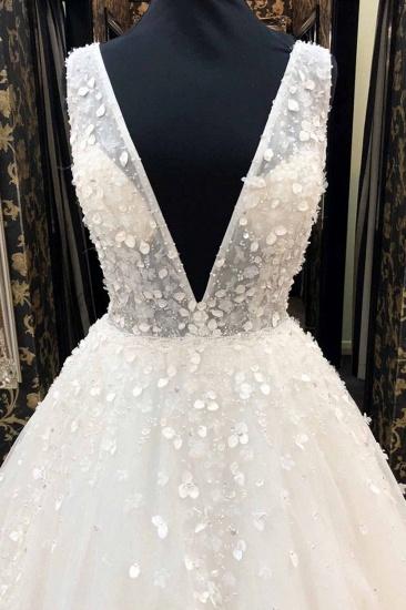 AffordableWhite Tulle V-Neck Long Wedding Dress A-Line Applqiues Bridal Gowns On Sale_3