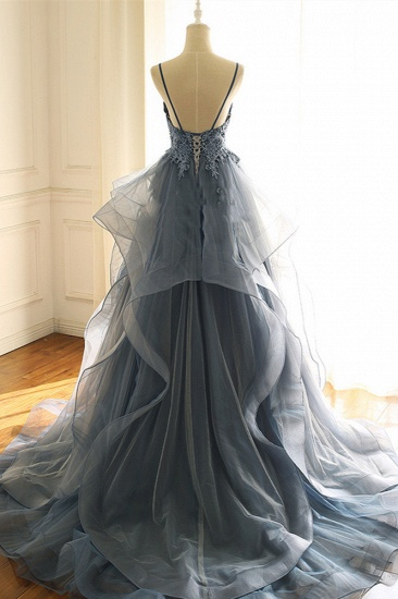 Chic Tulle Spaghetti Straps V-Neck Prom Dresses with Appliques Online_3