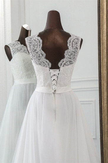Elegant Tullace Jewel Sleeveless White Wedding Dresses with Appliques Online_6