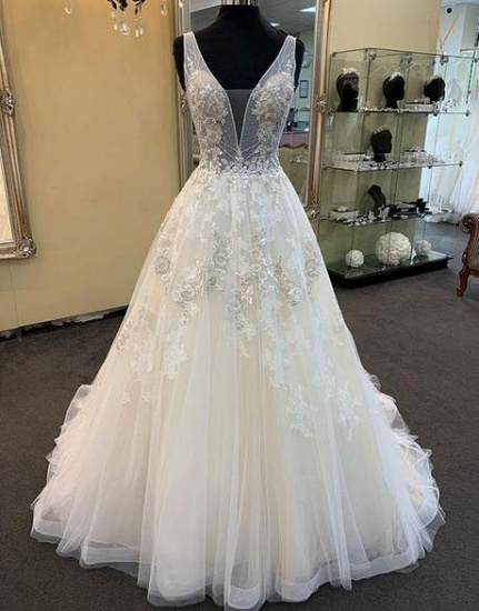 Glamorous Unique White Tulle V-Neck Wedding Dress Long Beaded Lace Bridal Gowns On Sale_3