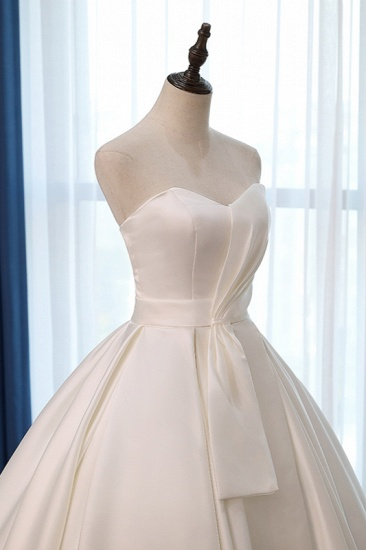 Elegant Sweetheart White Satin Wedding Dress A-line Ruffles Bridal Gowns On Sale_6