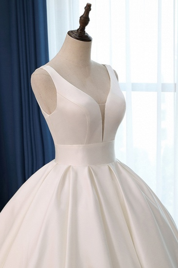 BMbridal Sexy Deep-V-Neck Straps Satin Wedding Dress Ball Gown Ruffles Sleeveless Bridal Gowns Online_6