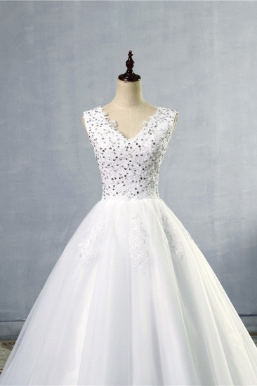 Stunning V-Neck Sequins Tulle Wedding Dresses A-Line Lace Appliques Bridal Gowns Online_5