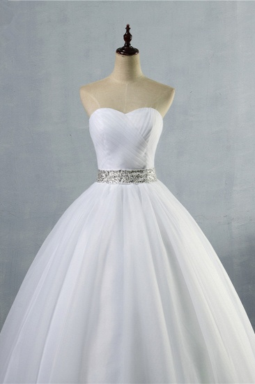 Gorgeous Strapless Sweetheart Tulle Wedding Dress Sleeveless Ruffles Bridal Gowns with Beadings Sash_5