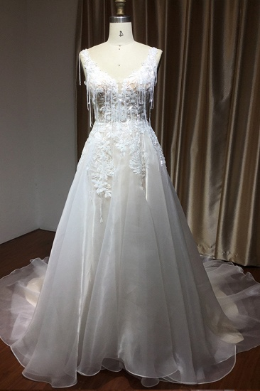 BMbridal Chic V-neck Lace Wedding Dress Sleeveless Online