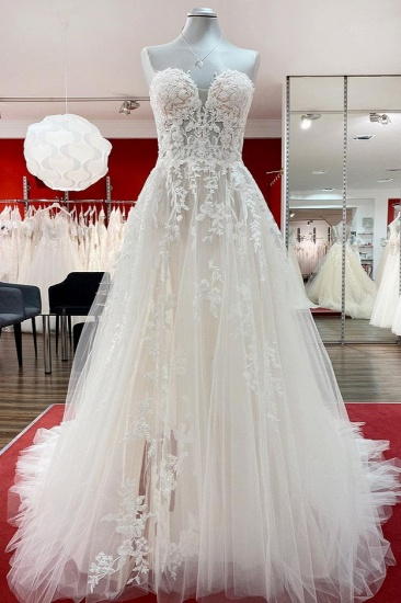 BMbridal Strapless Ruffles Tulle Lace Ivory A-Line Wedding Dresses