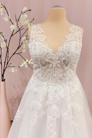 BMbridal Delicate Lace V-Neck Long Wedding Dress Sleeveless_3