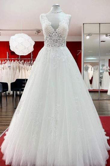 BMbridal Eye-taking V Neck Tulle Lace White Ruffles Wedding Dresses Long