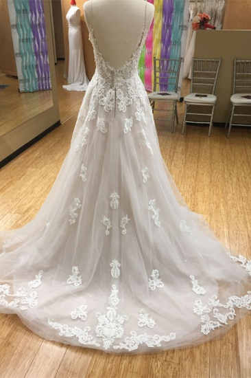 Chic Spaghetti-Straps V-Neck Tulle Wedding Dress Appliques Sleeveless Bridal Gowns with Beadings Online_3